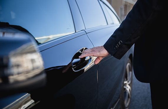 chauffeur-prive-le-chauffeur-570x370